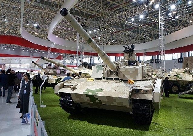 新款轻型坦克VT-5