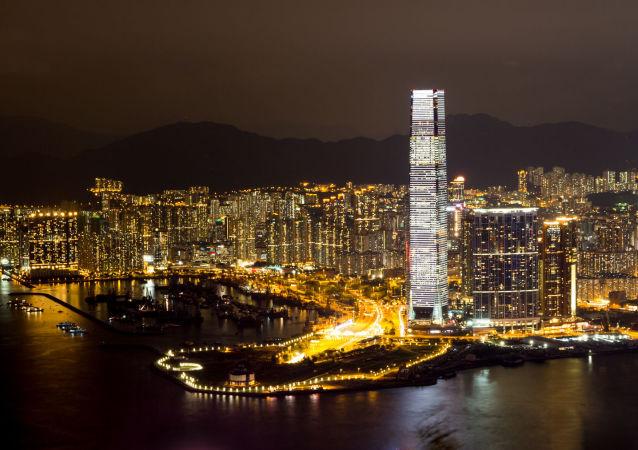 香港特区行政长官:深港通开通对于人民币国际化具有开创性意义