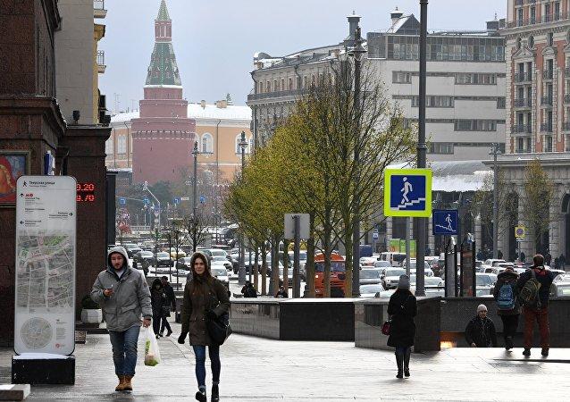 大多数俄罗斯人认为无需在意西方批评