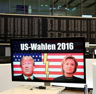 媒体:美国全民投票中希拉里落后特朗普13万选票