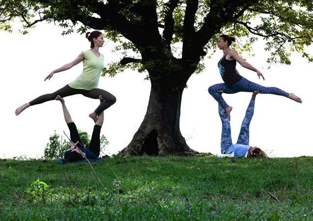印度科学家认识到瑜伽是戒烟的有效方法