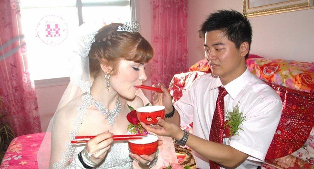 俄媒: 中国商人纷纷来西伯利亚找新娘