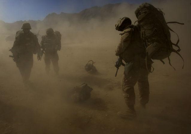 特朗普称美军的优先方向将是打击伊斯兰国 但未谈及细节