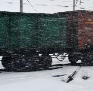 绥芬河站今年前五日进出口货物达14万吨