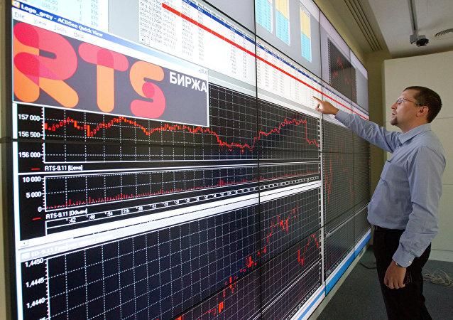 投资专家:特朗普或与普京签署新的贸易协议