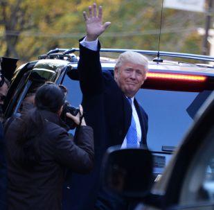 特朗普對民主黨議員表示感謝 後者稱「俄干預選舉」奧巴馬也有錯