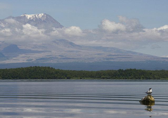 希韦卢奇火山