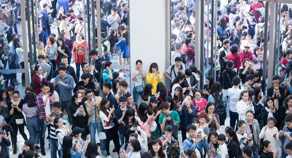 """中国人抢红包相当于在地球到火星之间""""走""""20次"""