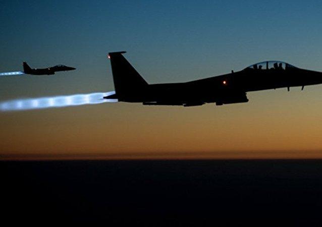 F-15战斗机