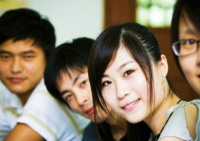 目前有800余名中国学生在俄国家教育配额框架内赴俄留学