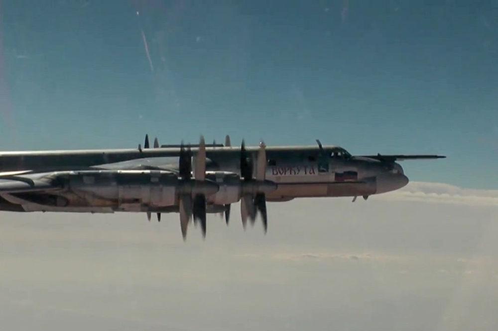俄联邦空天部队对叙利亚的恐怖分子基地进行了大规模打击