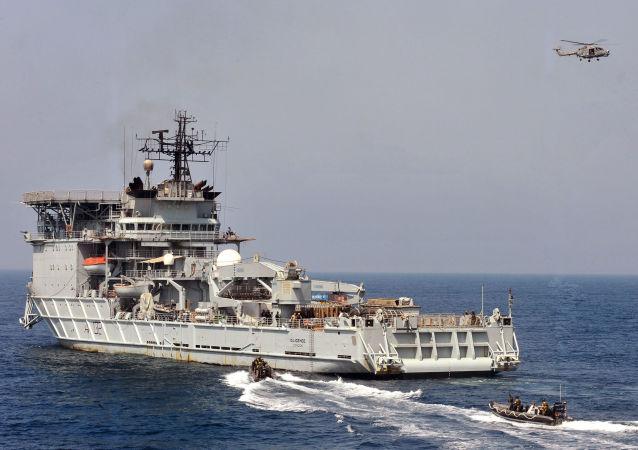 """英媒体:英国海军拥有""""少得惊人""""的舰艇数量"""