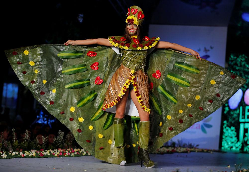 专家认为,用植物制作衣服是真正的艺术。