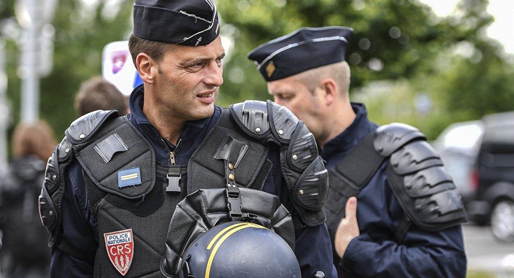 六十岁姐妹俩在法国路遇劫匪 被抢走价值500万欧元的东西