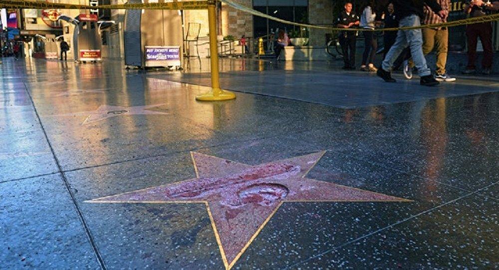 好莱坞星光大道上的特朗普星标