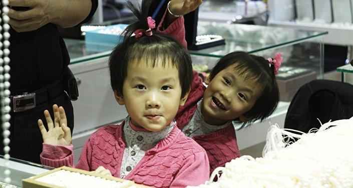 专家揭示独生子女的脑部特点