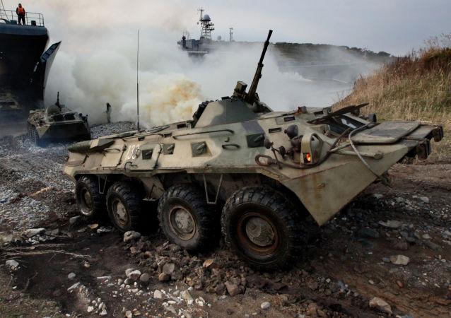 """海军陆战队在加里宁格勒附近 """"保卫""""海岸 在达吉斯坦准备开火"""