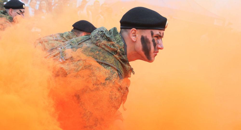 """俄西部军区团队成为""""世界战士""""大赛全俄赛段的最佳团队"""