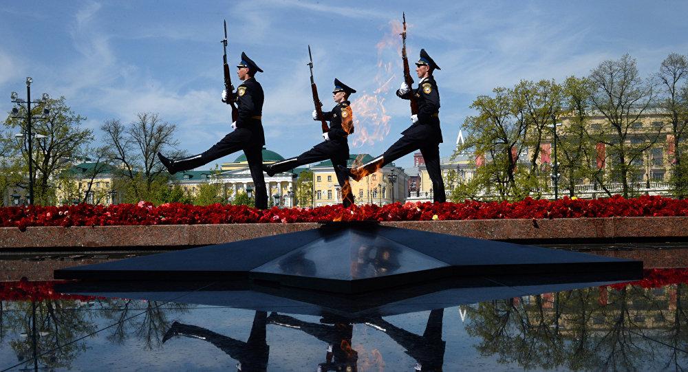 俄军仪仗队成立60周年