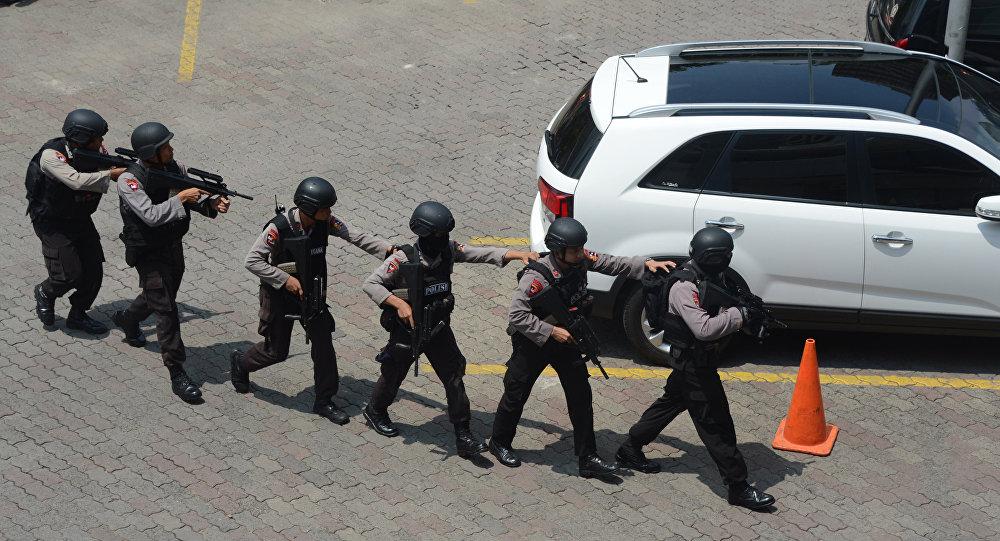 为反恐该国将加强群众组织法