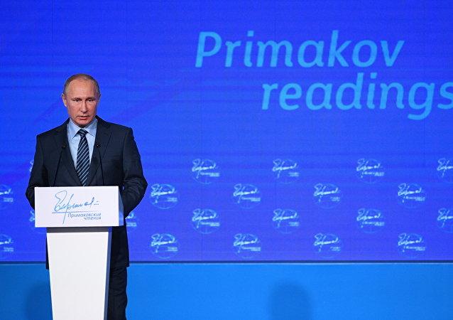 普京:与特朗普通话期间就需要改善俄美关系达成共识