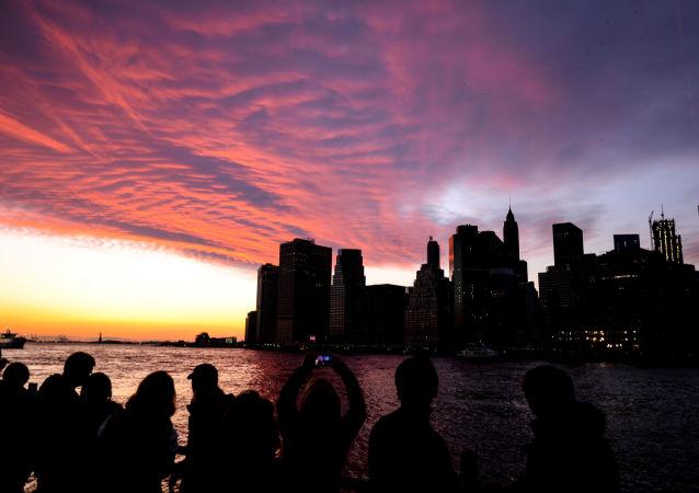 NASA专家将向美国上空发射红绿云