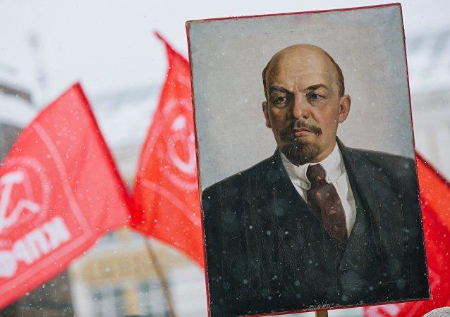 俄共主席称埋葬列宁的法案是对俄国家地位的挑衅