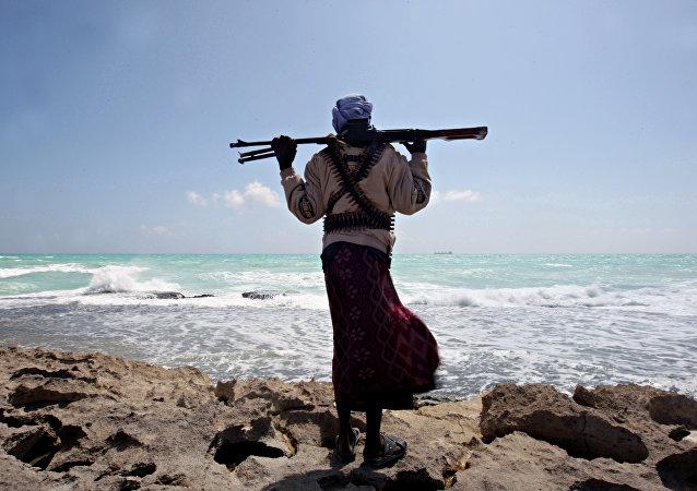 俄驻尼日利亚使馆证实俄船员从海盗手中获释
