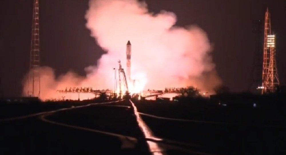 """俄联邦航天局:""""进步MS-04""""飞船失事原因系为运载火箭第三级氧化剂罐破裂"""