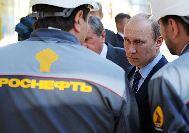俄石油开始在拉普捷夫海哈坦加区钻井