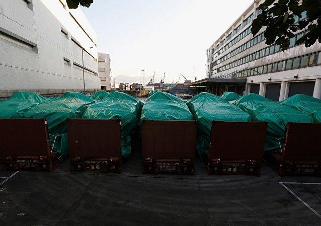 香港否认扣留新加坡装甲车是中央授意