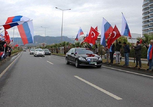 媒体:俄专家近期将赴土耳其讨论叙问题谈判事宜