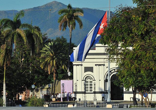 电视台:菲德尔·卡斯特罗的骨灰被安葬在古巴圣地亚哥墓地