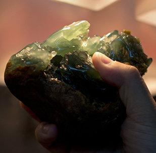 中國公民企圖組織對華走私1噸玉石被俄法院罰款1.75萬美元