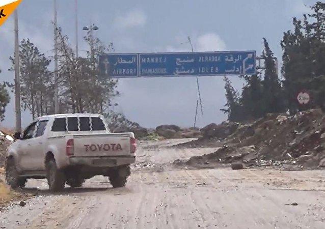 视频:叙利亚军队在阿勒颇机场安营扎寨