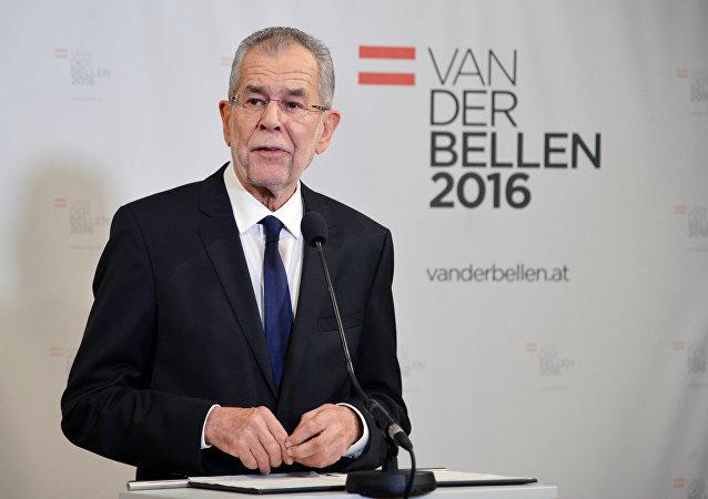 奥地利总统选举中落选的霍费尔仍希望访问中国和俄罗斯