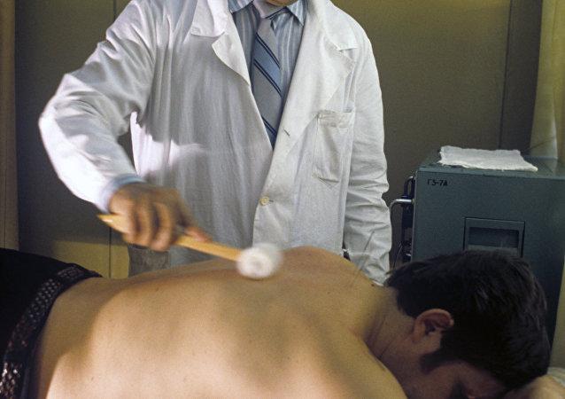 俄议员望只有持证中医专家才能在俄行医