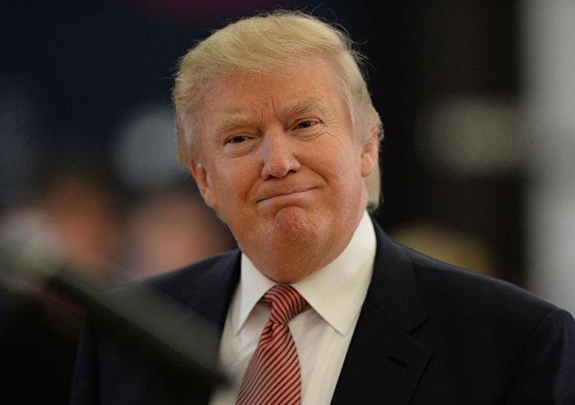 白宫:美日领导人将同访佛罗里达 特朗普将为安倍此行买单