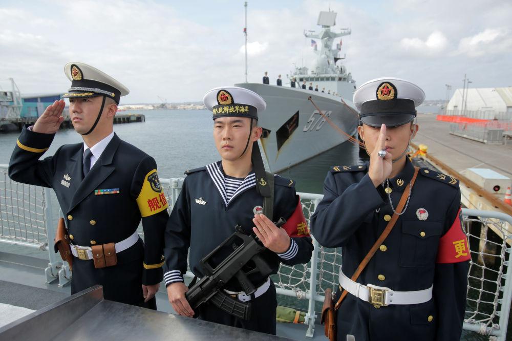 加利福尼亚州的中国海军士兵