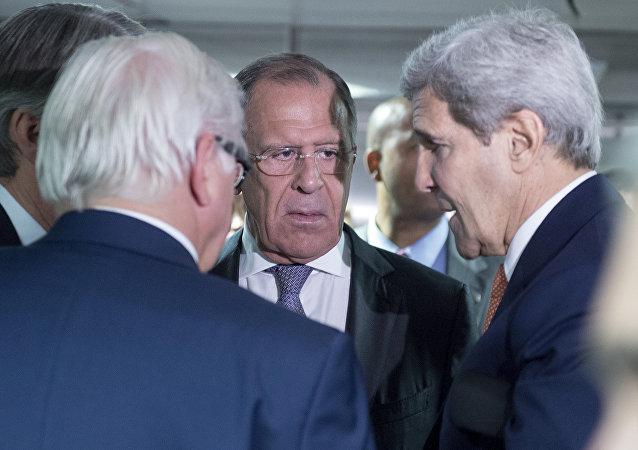 俄外长将与美国国务卿和德国外长在汉堡举行会晤