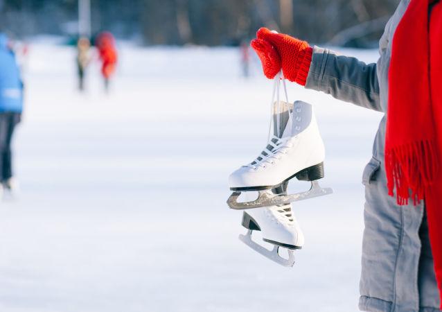 俄体育部高度评价首届哈尔滨俄中青少年冬季运动会/资料图片/