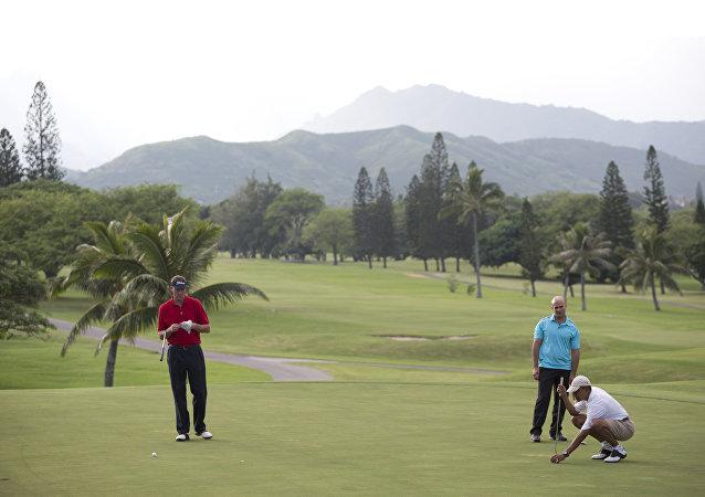 奥巴马在夏威夷/右边/