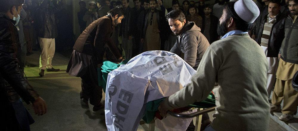 巴基斯坦前空軍飛行員:在巴失事飛機有一個引擎起火