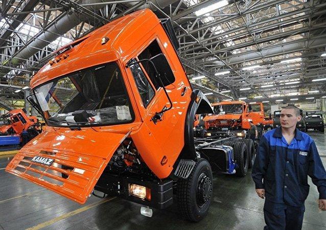 """俄""""卡玛斯""""公司总经理:该公司计划恢复在越南组装卡车"""