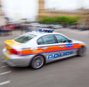北爱尔兰一警察遭不明人士射伤 当局称事件系恐怖袭击