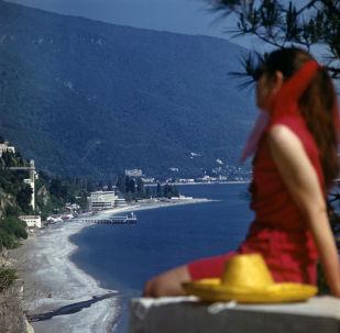 阿布哈茲的黑海沿岸,1974年。