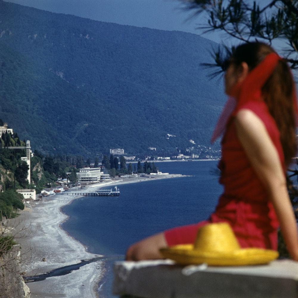 阿布哈兹的黑海沿岸,1974年。