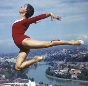 第比利斯的女体操运动员,1974年。