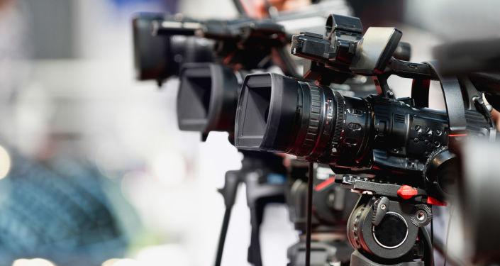 拉夫罗夫:美国阻碍俄媒工作是限制竞争行为