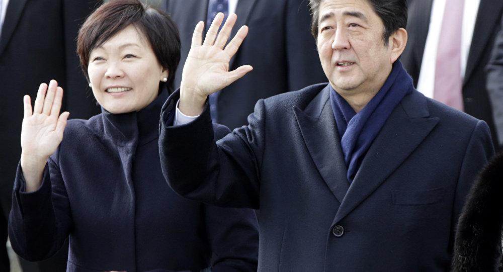 日本政府否认安倍首相曾向大阪一幼儿园法人捐赠